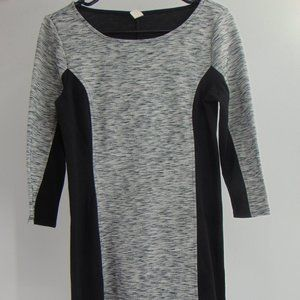BEAUTIFUL CASUAL GREY AND BLACK DRESS